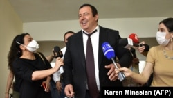 Armenia -- Gagik Tsarukian, the leader of the opposition Prosperous Armenia Party, arrives at the parliament to give a speech ahead of a vote that stripped him of immunity from prosecution, Yerevan, June 16, 2020.