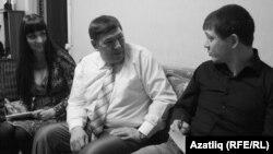 Алчәчәк Әхмәтова (с) Гамил Әсхәдулла һәм Илгиз Гыйльфанов
