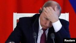 Президент Владимир Путин санкцияларга негиз жок экенин билдирип келет