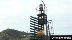 Навігаційний знак у Балаклаві (фото сайту nomos.com.ua)