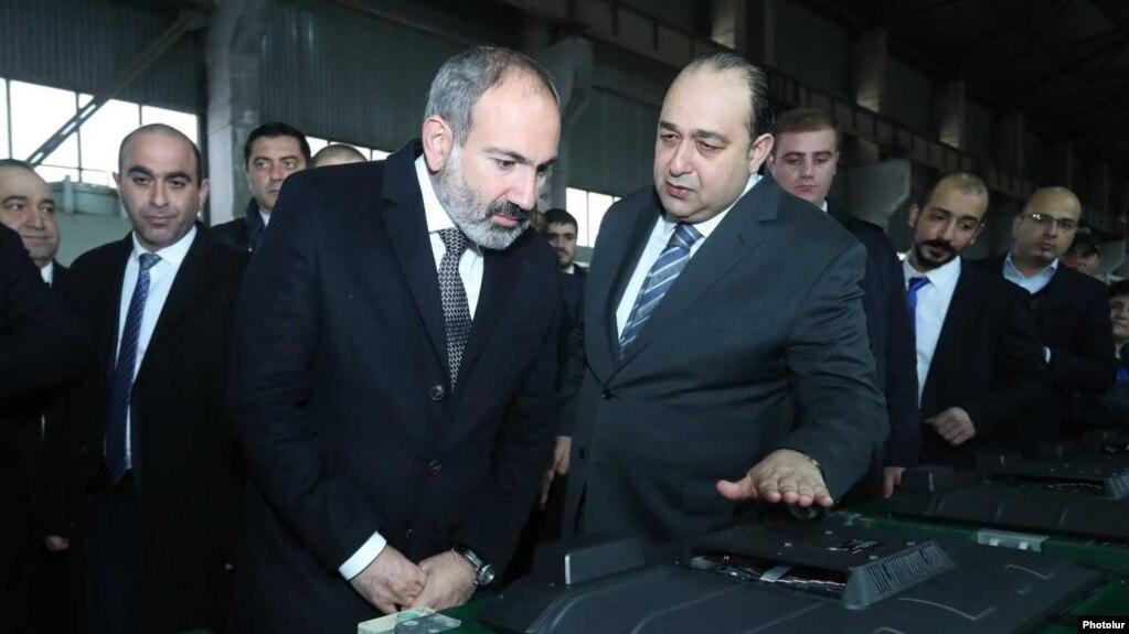Пашинян присутствовал на открытии завода бытовой техники