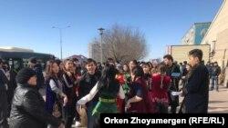 Astanada şənlikdə qarşıdurma