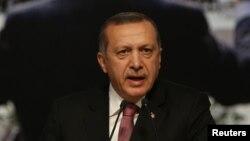 رئيس الوزارء التركي رجب طيب إردوغان
