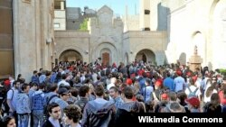 Syria - Syrian Armenian pilgrims at the Armenian genocide memorial in Deir ez-Zor, 25Apr2009.