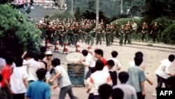 آرشیف، معترضان در میدان تیانانمن در چین. June 4, 1989