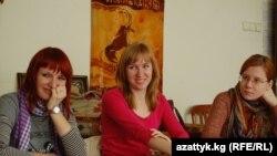 Москвалык студенттер кыргыз тил сабагында.