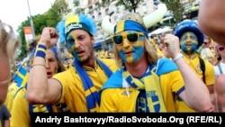 Kiyevdə İsveç azarkeşləri
