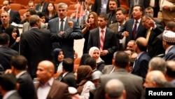 نواب يحضرون الجلسة البرلمانية الأولى - 1 تموز 2014