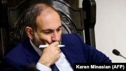 Нікол Пашинян на засіданні уряду в Єревані, 6 жовтня 2018 року