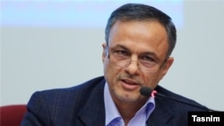 Iran-- New candidate for Ministry of Industry, Mining and Trade, Alireza Razm Hosseini, introduced to Parlaiment, undated.