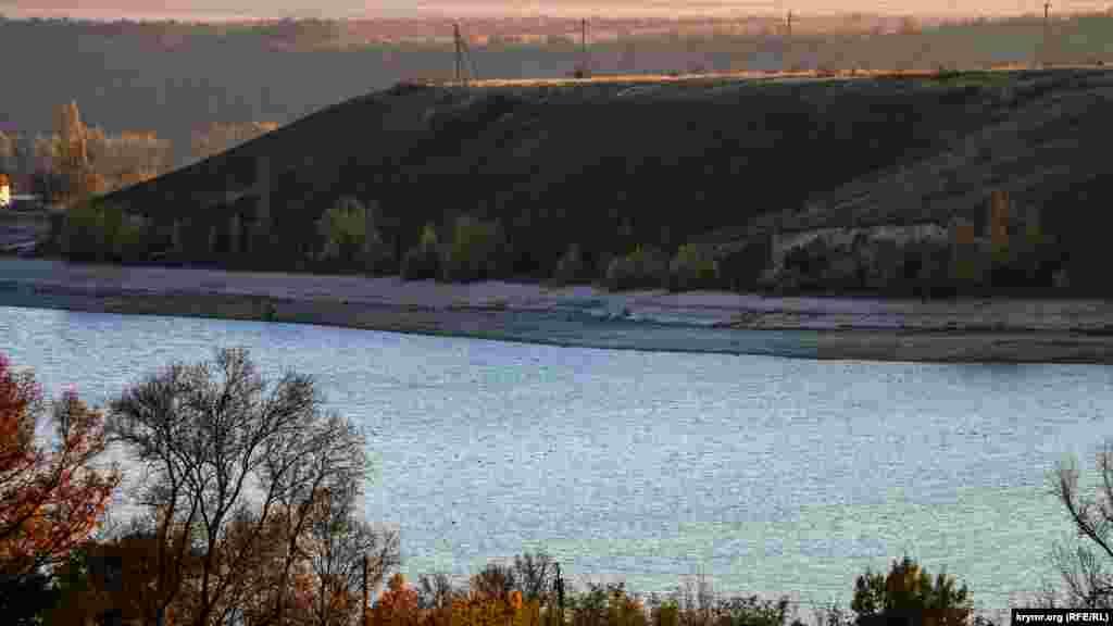 За текущий год Альминское водохранилище заметно обмелело