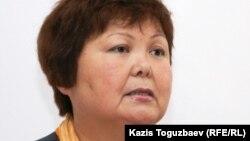 «Уральская неделя» газетінің бас редакторы Тамара Еслямова. Алматы, 29 наурыз 2011 жыл.