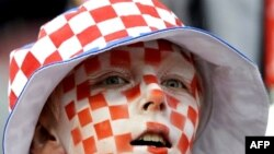 Молодой болельщик команды Хорватии на чемпионате EURO 2008. Клагенфурт, 16 июня 2008