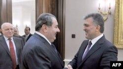 الرئيس التركي عبد الله غل يستقبل وزير الخارجية العراقي هوشيار زيباري في أنقره 12 تشيرن أول 2011