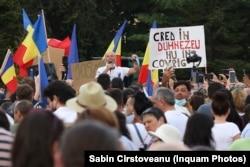 România nu diferă cu nimic față de alte state unde teoriile conspirației își găsesc adepți.