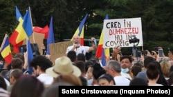 Mugur Mihăescu, purtător de mesaj al conspiraționiștilor anti-carantină