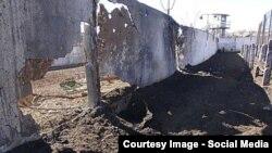 Разрушенная обстрелами Чернухинская исправительная колония