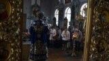 У Сімферополі пройшло водохресне богослужіння біля храму ПЦУ (відео)