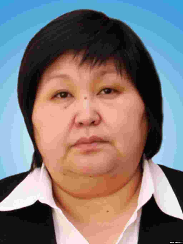 Гульнара Асымбекова, вице-премьер-министр по социальным вопросам.