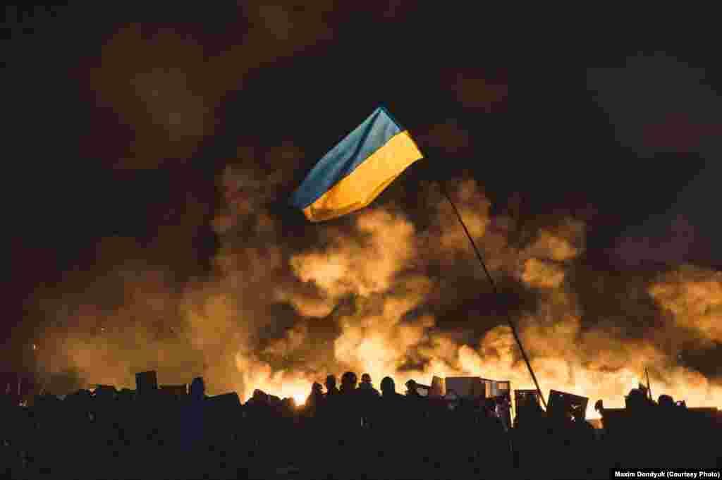 Столкновения после попытки блокировать Верховную Раду. 20 февраля 2014 года.
