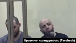 Teymur Abdullayev (sağ taraftan)