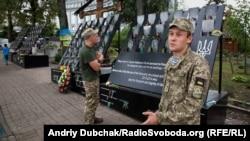 Володимир Небір на вулиці Героїв Небесної сотні