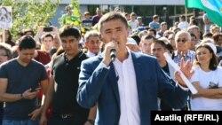 Фаил Алчынов митингта чыгыш ясый