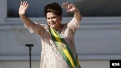 Бразилия президенті Дилма Русеф.
