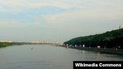Річка Дніпро у Києві