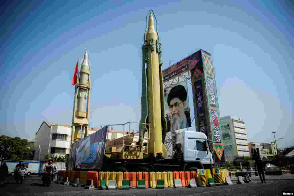 ИРАН - Иран и натаму е водечка држава - спонзор на тероризмот во светот, наведува американската администрација во најновиот годишен извештај во кој се истакнува дека повторно се намалил бројот на терористички напади во светот. Годишното истражување на Стејт департментот Извештаи за тероризмот по земјите во 2017 година се наведува дека Иран поттикнува многу судири и се обидува да ги поткопа државите на Блискиот Исток.