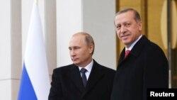 Presidenti i Rusisë, Vladimir Putin, dhe presidenti i Turqisë, Recep Tayyip Erdogan.