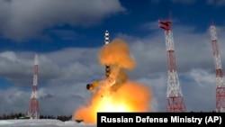 """""""Сармат"""" баллистикалык ракетасынын 30-марттагы сыноосу."""