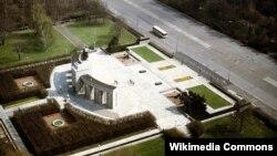 Рускиот меморијал Тиергартен за паднатите борци на Црвената армија во Втората светска војна во Берлин.