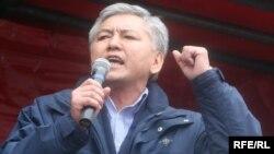 Мэр Бишкека Иса Омуркулов.