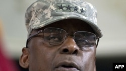 Newly appointed commander of U.S. forces in Iraq General Lloyd Austin (file photo)