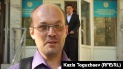 Гражданский активист Андрей Цуканов. Алматы, 12 мая 2014 года.