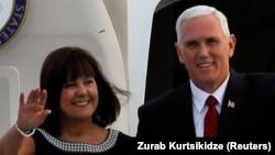 Mike Pence și soția sa Karen