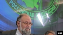 Председатель Центральной избирательной комиссии Владимир Чуров и член Центризбиркома Валерий Бугаенко. В Центризбиркоме о нарушениях в ходе выборов ничего не говорят