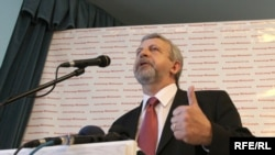 Александр Милинкевич представил свою президентскую программу.