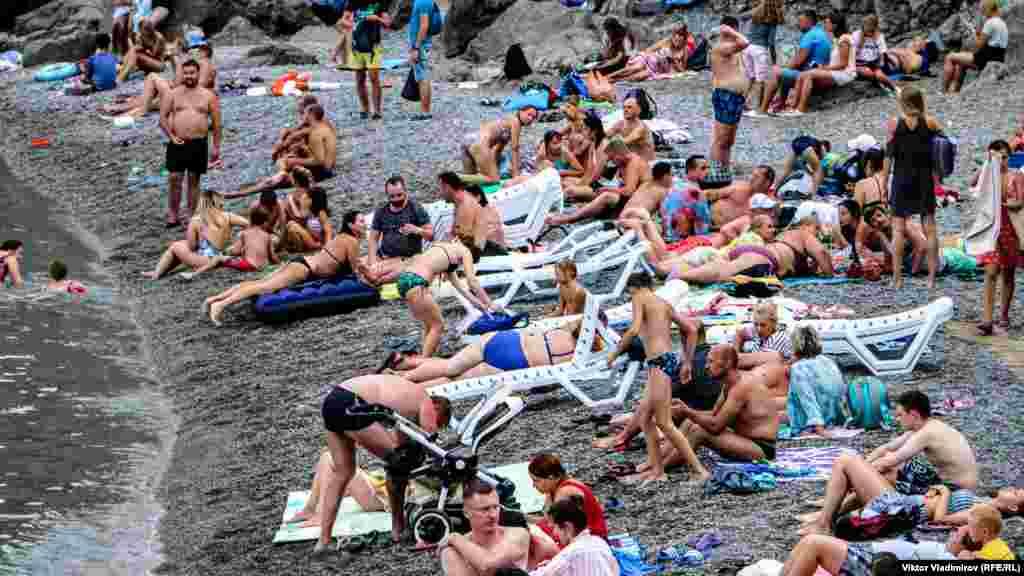 На сьогодніс цей пляж – одне з найдоступніших місць для купання в Сімеїзі. Відпочивальники йдуть сюди, незважаючи на обмежений простір