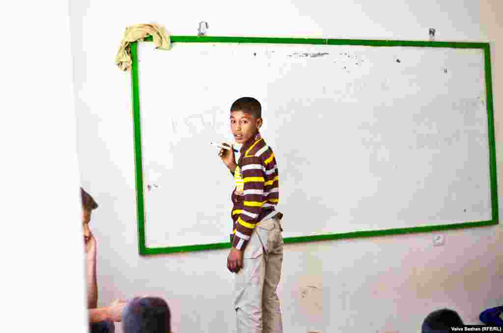 The students are also given formal education. In addition to learning circus skills, they are taught how to read and write in local languages and in English.