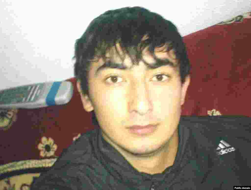 Радик Юсупов был убит 16 декабря 2011 года в городе Жанаозен.