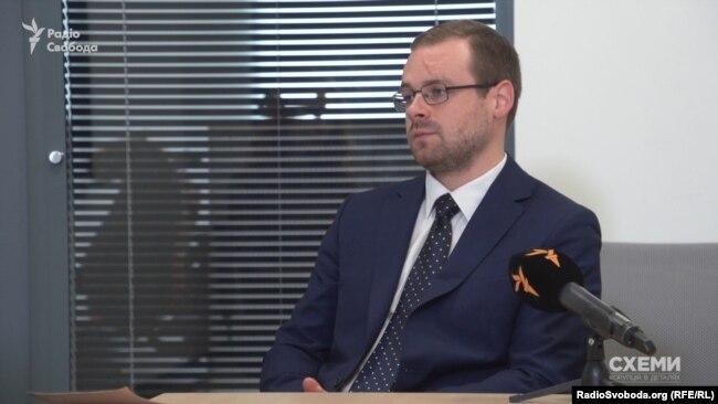 Юрист Євген Крапивін
