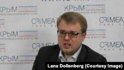 Министр по делам информации и коммуникаций Крыма Дмитрий Полонский