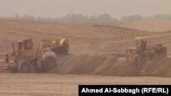 تجريف اراض زراعيه في محافظة الديوانية