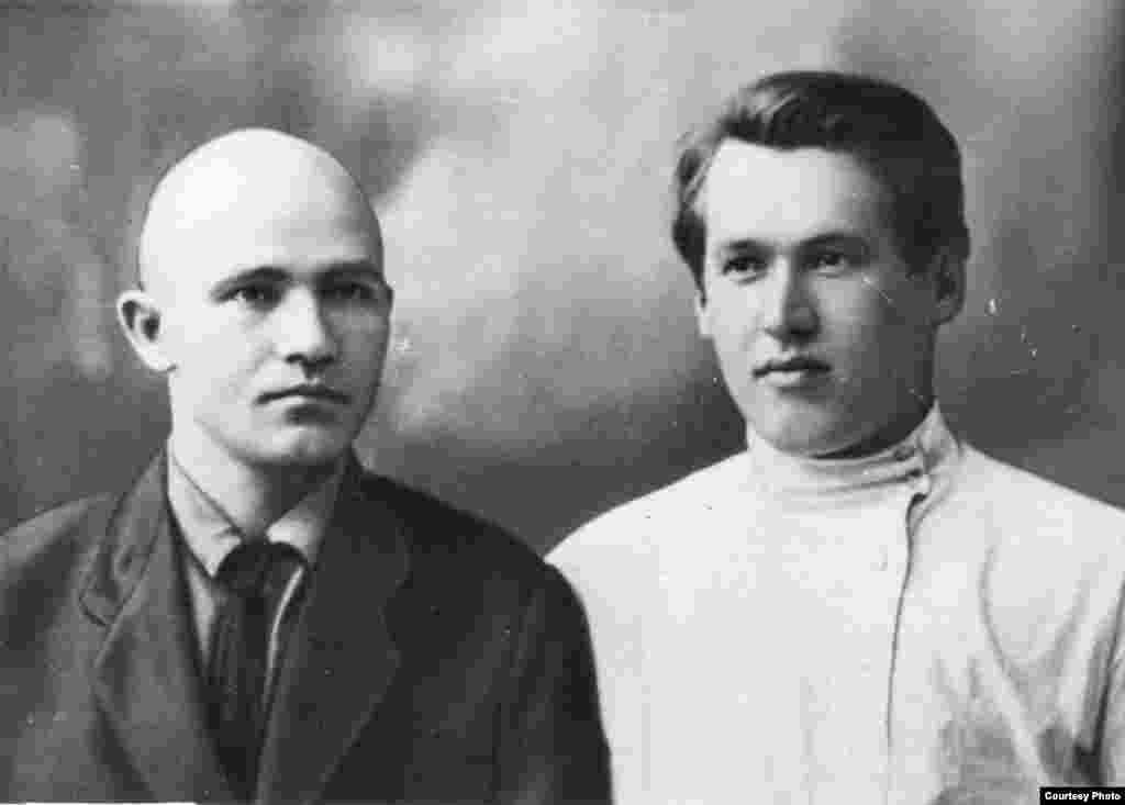 Максім Гарэцкі і Ўладзімер Дубоўка. 1928 г. З фондаў БДАМЛМ