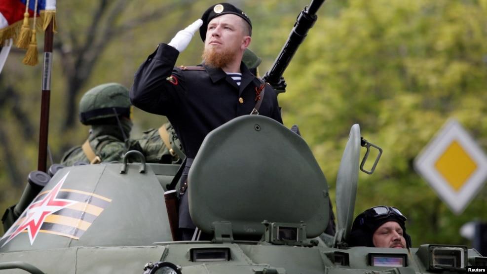 Российские СМИ опубликовали видео с места уничтожения боевика Моторолы - Цензор.НЕТ 6510