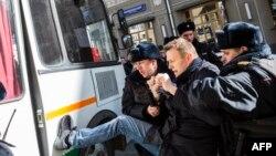 Задержание Алексея Навального 26 марта 2017 года. Сейчас в ЕСПЧ рассматриваются сразу пять жалоб российского политика