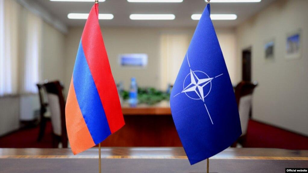 Премьер Армении встретится в Брюсселе с генсеком НАТО