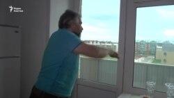 Новое жилье: «Потолки трескаются, всё осыпается»